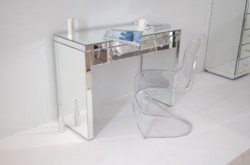 panton-trasparente-stuhl